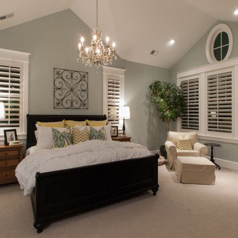 bedroom-window-shutters